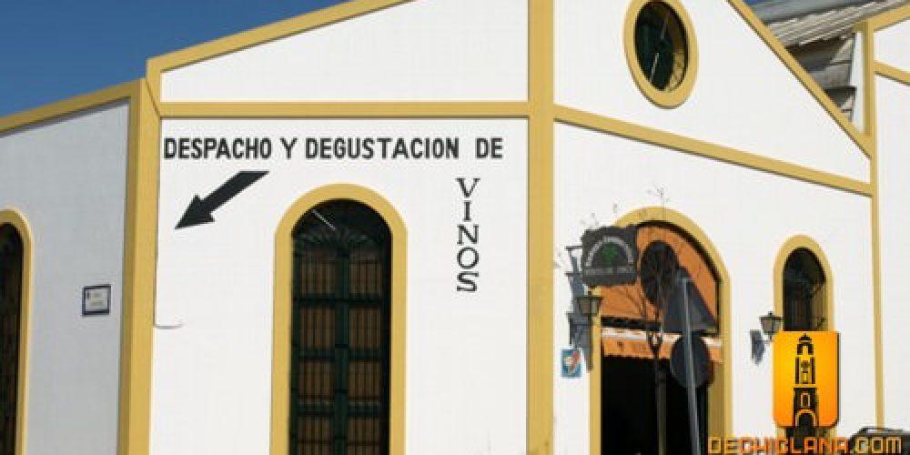 Visita a la Cooperativa Unión de Viticultores Chiclaneros