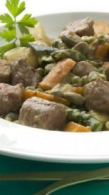 Guiso chiclanero de carne con verduras