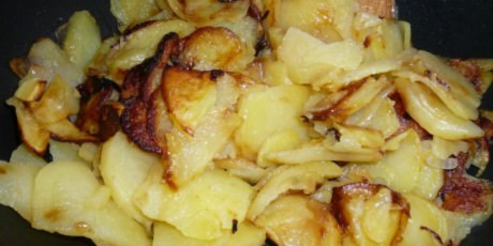 Patatas al Vapor con Cebolla