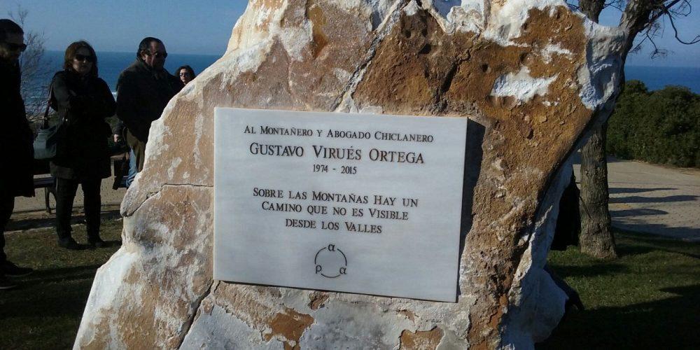 Homenaje a Gustavo Virués