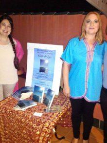 """Isabel López presenta su libro """"Halo de Luz"""""""
