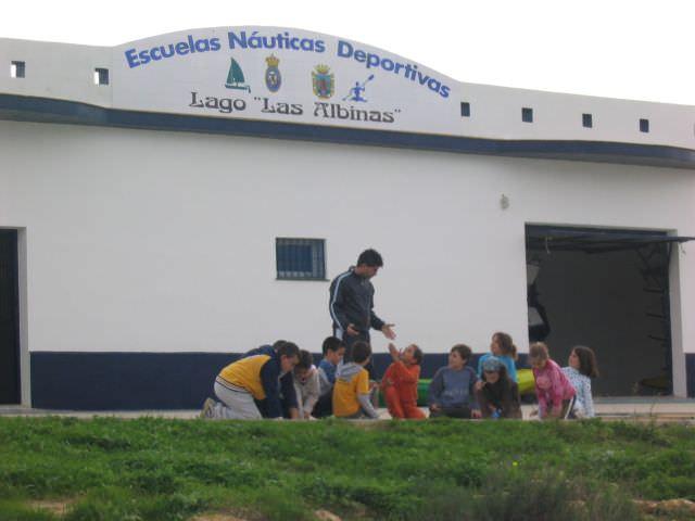 "Centro Náutico Municipal del Lago Periurbano de ""Las Albinas"""