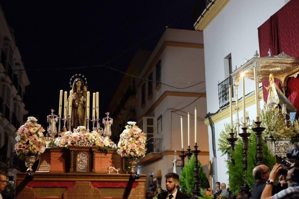 Procesión Magna Mariana Chiclana . Foto de María Benítez